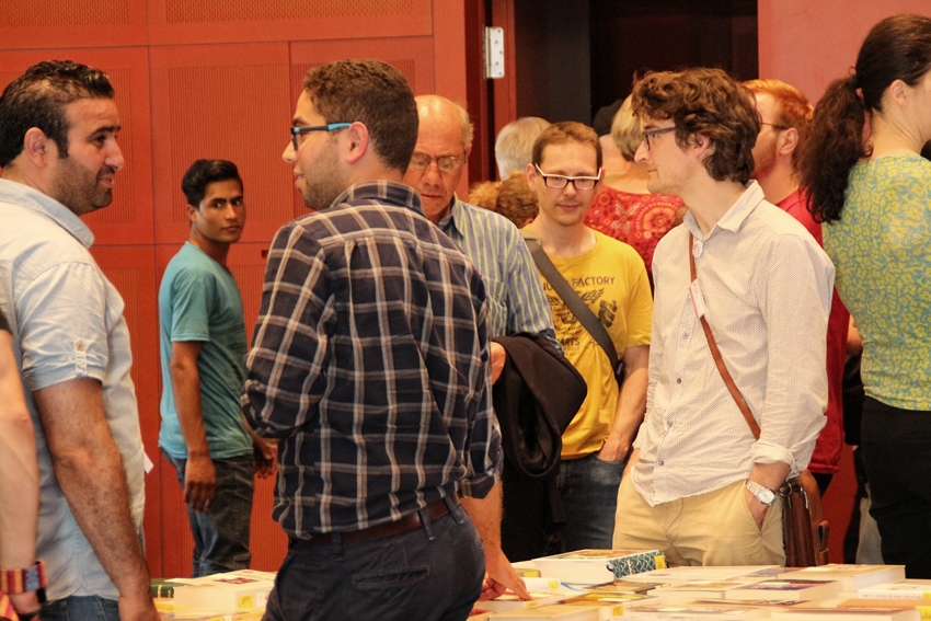 Rundum Buch / All around books Foto: Patrizia Di Benedetto